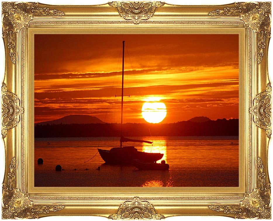 Kim O'Leary Photography Beautiful Sunrise with Majestic Gold Frame