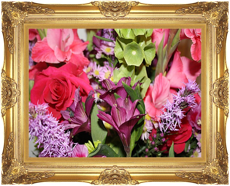 Kim O'Leary Photography Flower Bouquet with Majestic Gold Frame