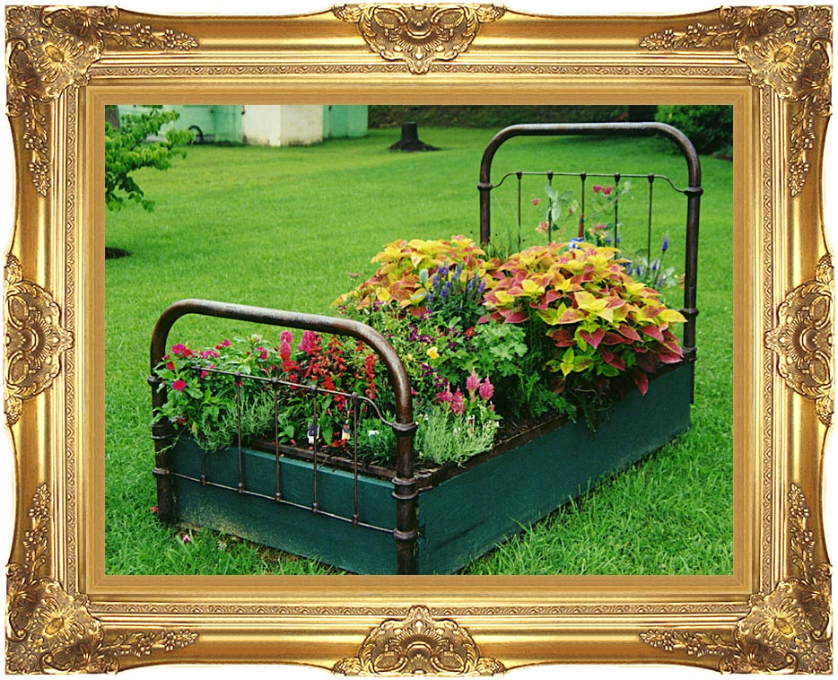 Ray Porter Flower Bed with Majestic Gold Frame